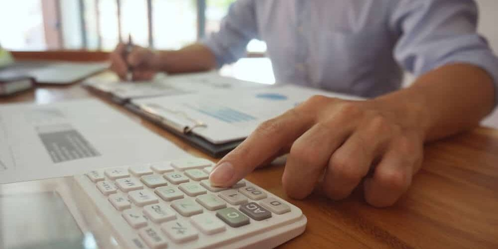 Accountant verify the business and saving money